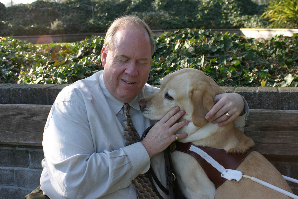 Michael Hingson and his guide dog Roselle