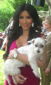 Kim Kardashian gets Lucky! Who Cares!
