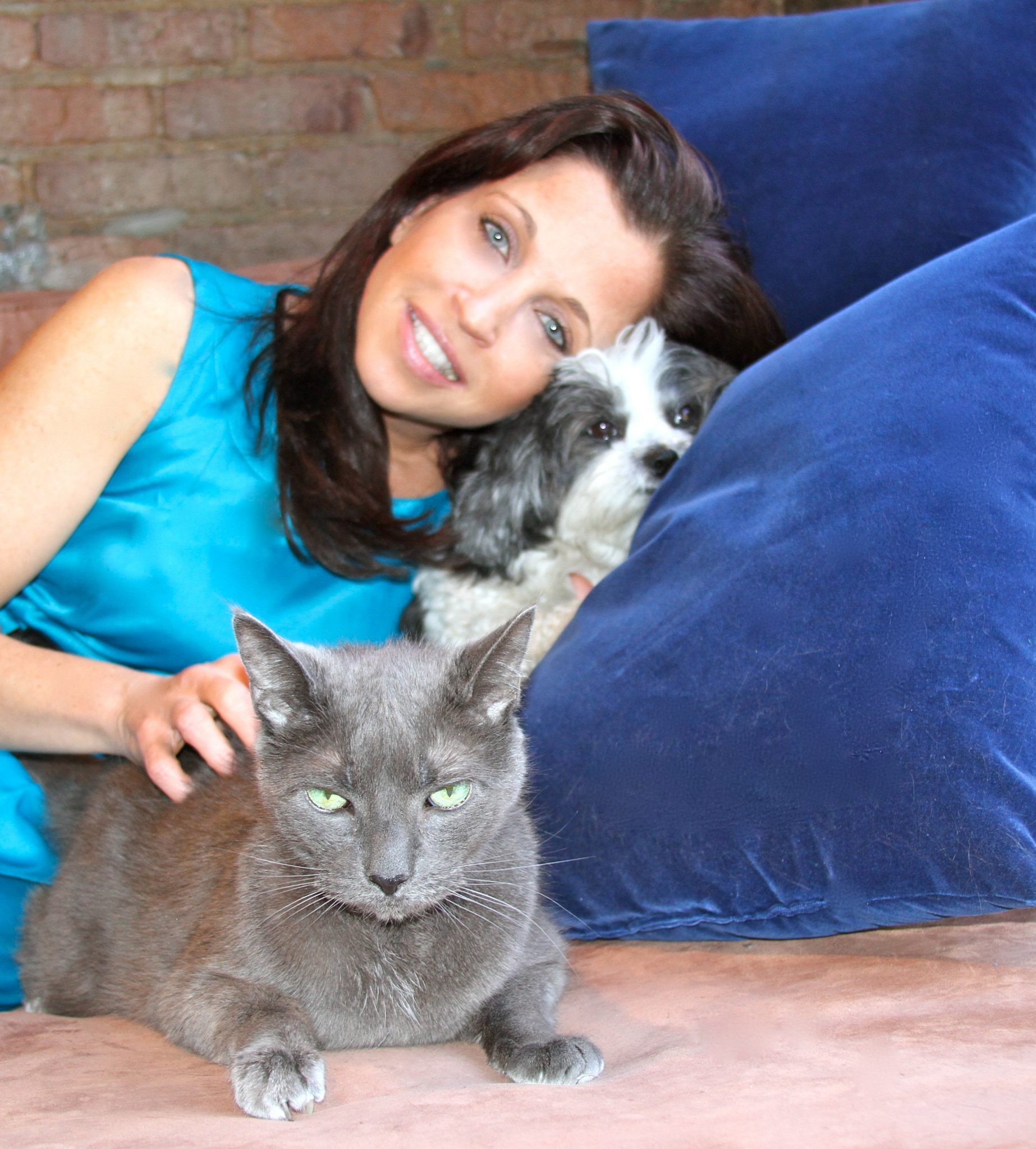 Wendy Diamond Named Animal Ambassador For G2G Collection! Billion Dollars 4 Charity!