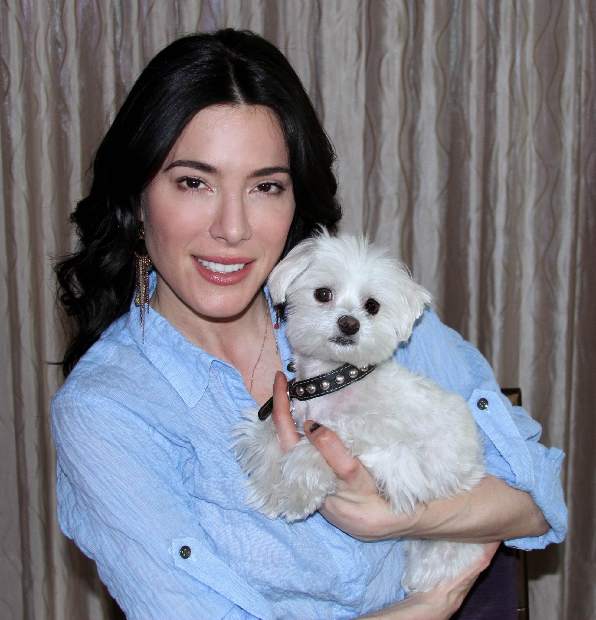 Syfy's Defiance Star Jaime Murray's Out Of This World's Dog Co-star Lulu!