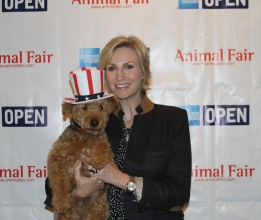 Jane Lynch's Date - Uncle Sam Cardiff!