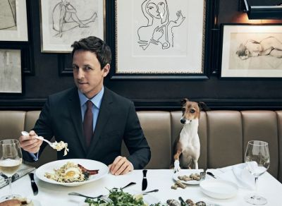 Seth Meyers  and Frisbee  eaiting in Vogue!