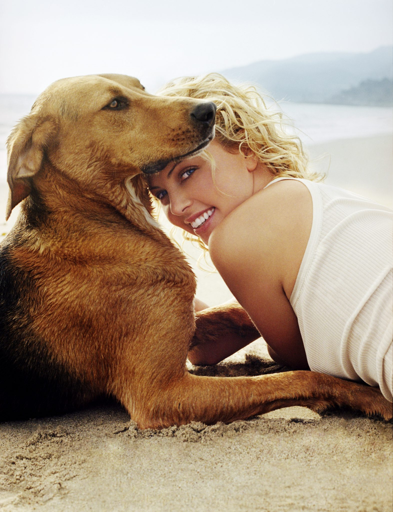 Catch Animal Advocates Charlize Theron & Seth MacFarlane's New Flick This Weekend!