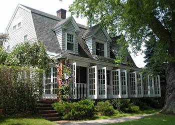 The-Mill-House-Inn-300x250