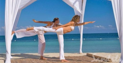 Sandals-Montego-Bay-yoga-class