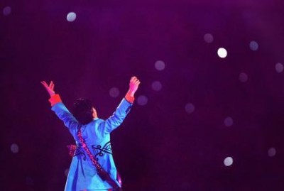 73203077-musician-prince-performs-during-the-pepsi-halftime-show_1.jpg.CROP.rtstoryvar-medium